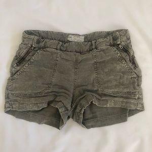 Free People Zipper Cargo Shorts Size 2